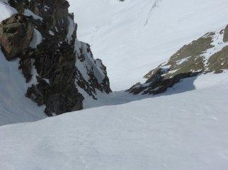 5-vue du couloir basculant sur le glacier d'Estelette