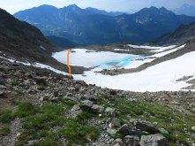 descente sur lac d'Enclave (vue depuis le col d'Enclave)