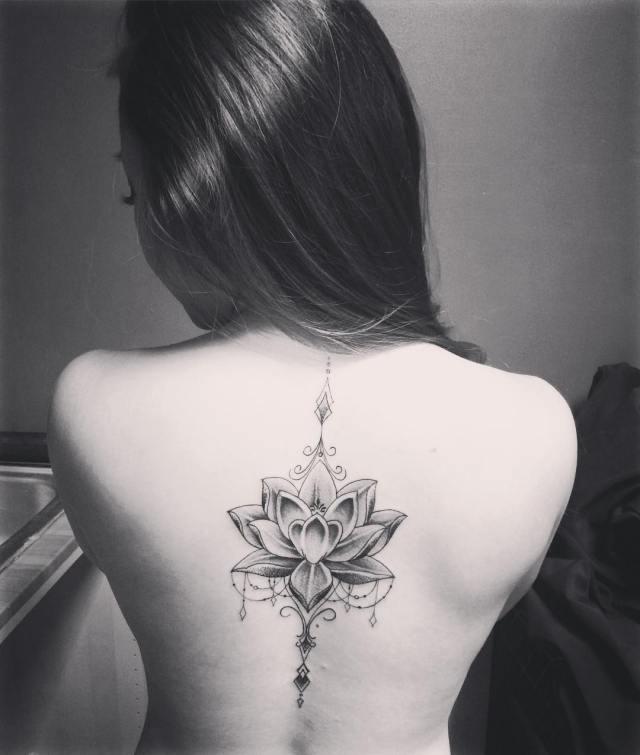 tatuaje-columna-vertebral-3