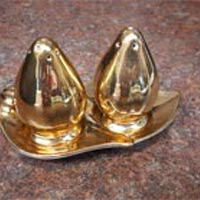 Royal Winton salt and pepper shaker set