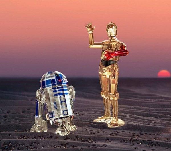 Feste e Anniversari Oggetti Fantastici Regali per Donna Regali per uomo  SwarovskiSTARWARS-R2-D2STARWARS-R2-D25301533-Regalo Swarovski collezione STAR WARS