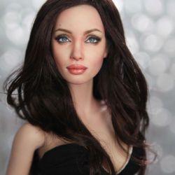 Noel Cruz repaint Angelina Jolie
