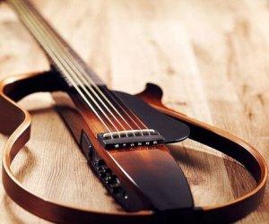 Regali per uomo  YamahaSilentGuitar-Regalo Yamaha chitarra elettrica Slg 200 N