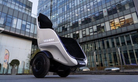 veicolo a due ruote S-Pod Segway-Ninebot