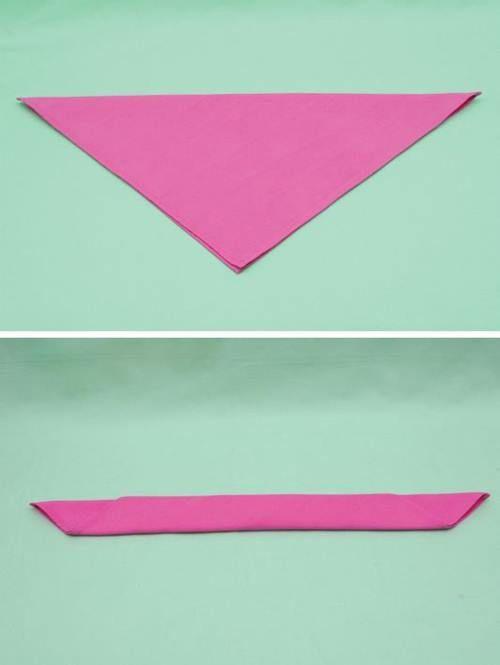Cómo doblar servilletas para ocasiones especiales formado rosas de tela 2