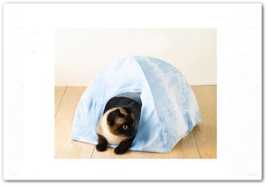 Reciclar camisetas cómo hacer una casita para gatos DIY 1