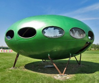 Green Flying Saucer