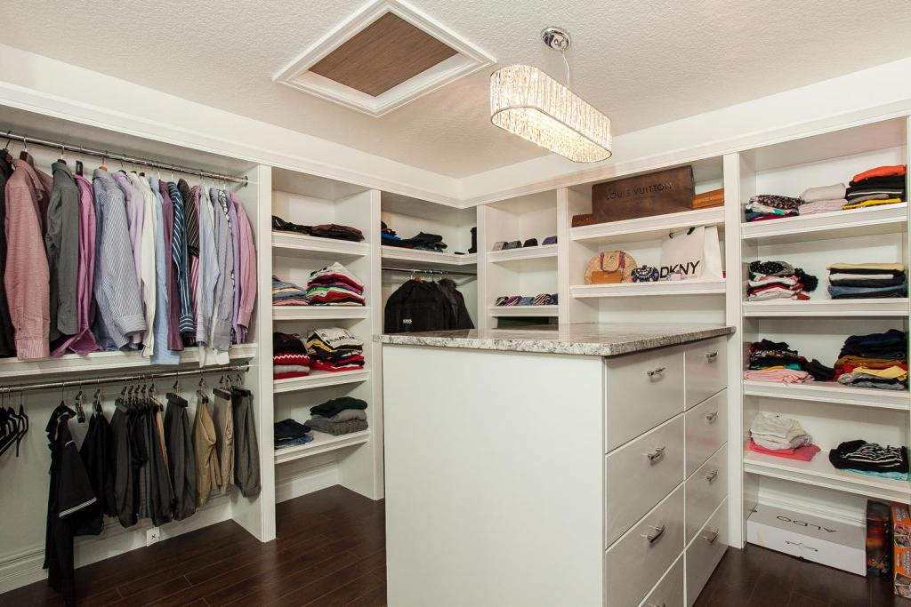 MDF closet His & hers pearl white flat