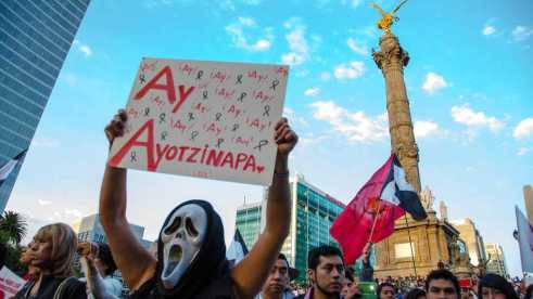 AyAyotzinapaCOLOR
