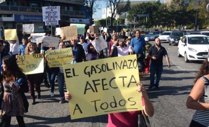Protestas por el gasolinazo en Guadalajara.