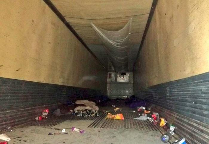 Hallan a 103 migrantes centroamericanos de un tráiler abandonado en Tamaulipas