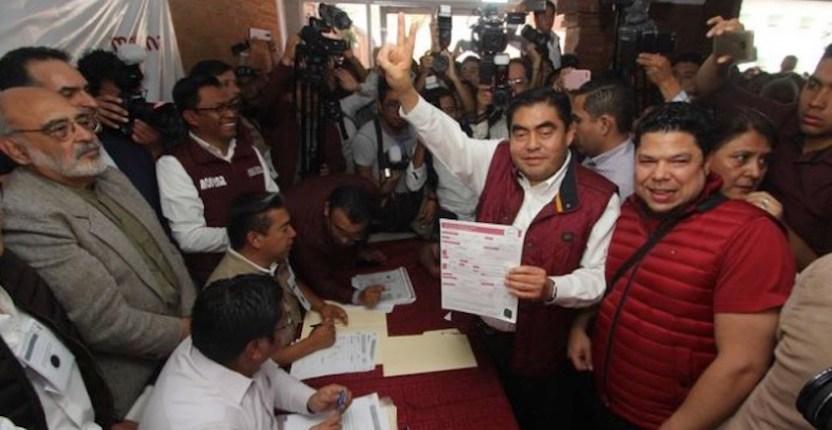 barbosa precandidato - Barbosa ya es precandidato al gobierno de Puebla; pide campaña limpia