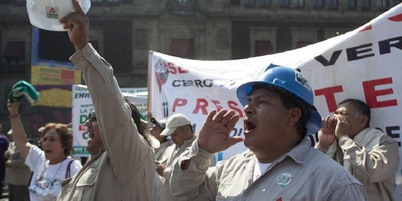 sindicato - INAI ordena a Sindicato Petrolero publicar todos su contratos y gastos