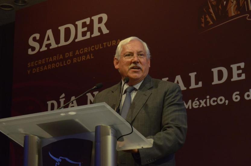 victor villalobos sader - Sader hará vinculo entre pequeños ganaderos con las cadenas productivas