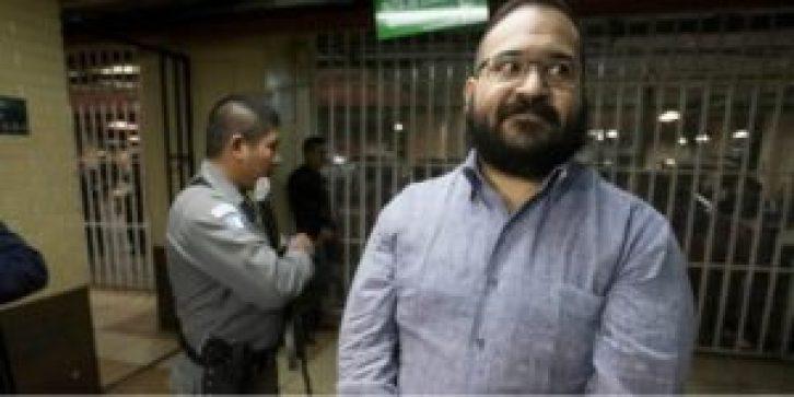 0626 DUARTE2 300x150 - Niegan amparo a Javier Duarte contra orden de aprehensión
