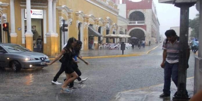 Pronóstico de fuertes lluvias en la Península de Yucatán y sureste del país
