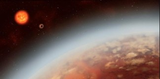 Agua en exoplaneta K-2