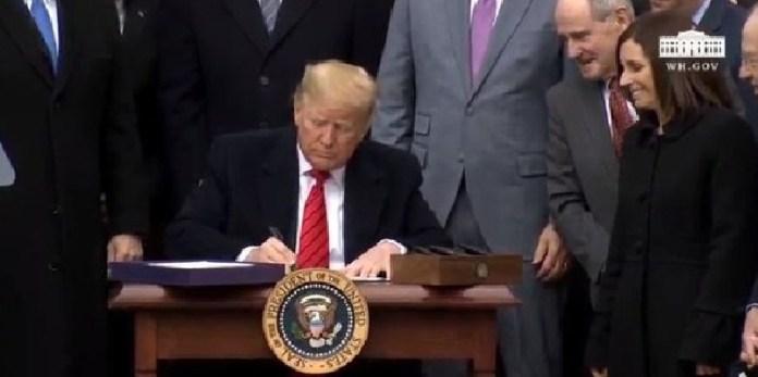 T-MEc, Trump firma acuerdo