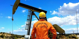 Petróleo avanzan acuerdos