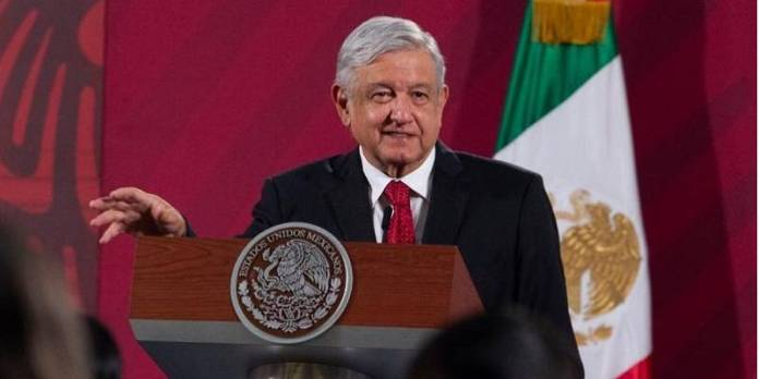Intereses privados conspiraban para destruir Pemex y CFE: AMLO