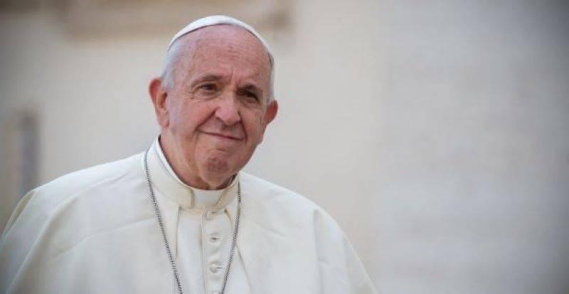 Revela AMLO que empresarios lo acusaron ¡hasta con el Papa!