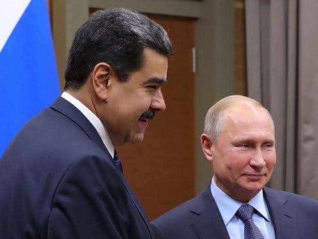 images 17 - Putin respalda a Maduro ante presiones externas