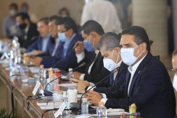 Gobernadores de oposición utilizaran recursos públicos en las elecciones: Delgado