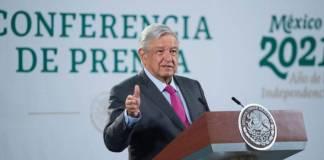 AMLO analizará viabilidad del Tren Ligero en Veracruz, no quiere obras inconclusas