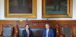 AMLO recibe al gobernador de Veracruz en Los Pinos