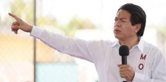 Mario Delgado pide retirar derechos políticos a Saúl Huerta