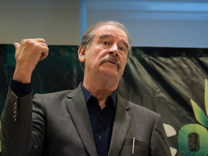 Fox pide no votar por Morena, lo tunden en redes