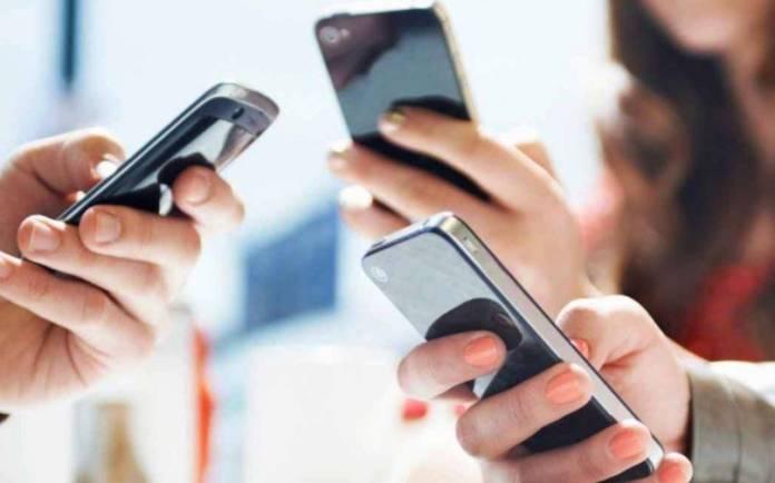 Senado avala proyecto para crear padrón de usuarios de telefonía móvil