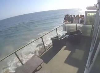 Balcón colapsa y personas caen al vacío en playa de Malibú