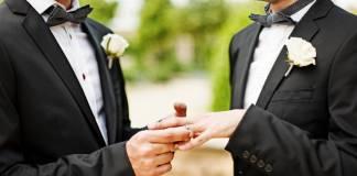 Sacerdotes alemanes bendicen las uniones de parejas homosexuales y desafían al Vaticano
