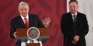 """AMLO """"congela"""" denuncias de la UIF por campañas electorales"""