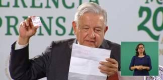 ¡Otra más! Exhiben entrega de tarjetas, ahora en Guadalajara