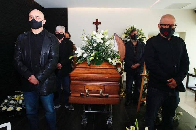 Así se despidieron amigos y familiares de Antonio Helguera