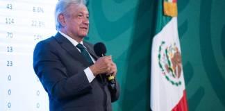 AMLO celebra que Morena ganó 11 gubernaturas