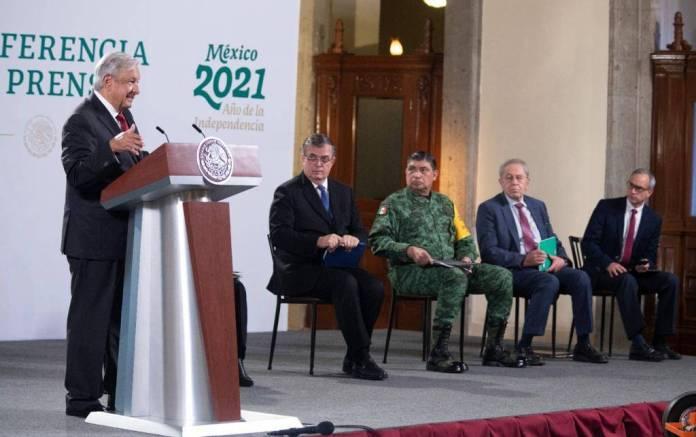 AMLO hará 3 reformas constitucionales, una será al INE
