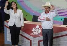 Pedro Castillo aventaja a Keiko Fujimori en elecciones presidenciales de Perú