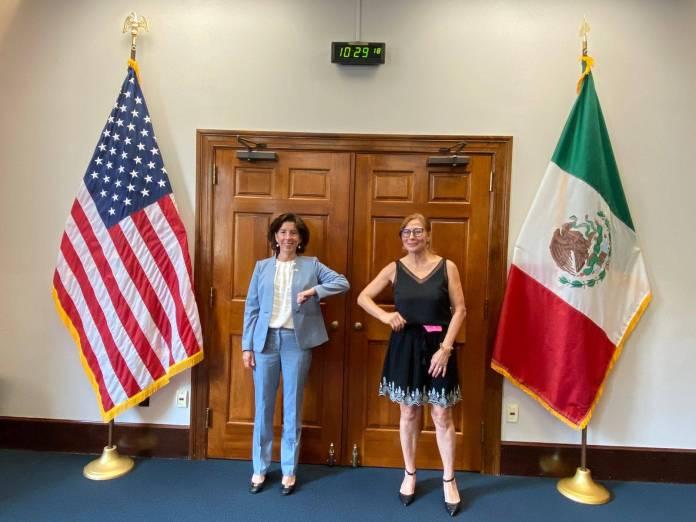 Critican el clasismo de López Doriga contra Tatiana Clouthier