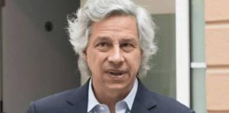 SAT rastrea triangulación de recursos relacionados con Claudio X. González
