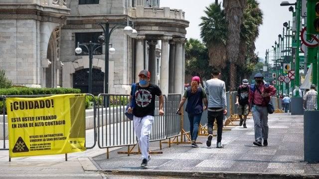 CDMX regresa a semáforo naranja por aumento de contagios y hospitalizaciones