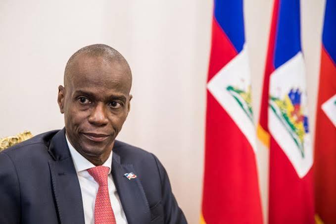 El presidente de Haití, Jovenel Moïse, recibió dices disparos de bala luego de que un comando lo atacó.
