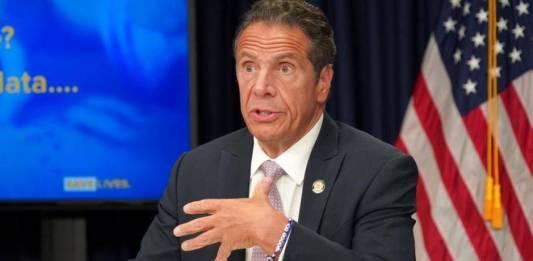 """""""Plagada de acoso sexual"""", la oficina del gobernador de NY"""