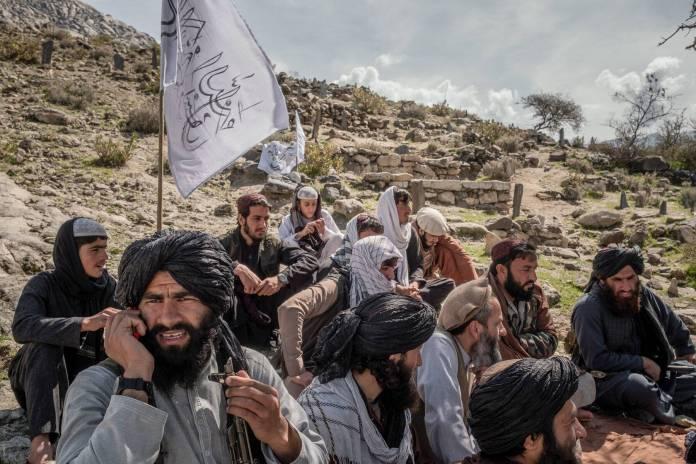 Talibanes solicitan ayuda internacional para enfrentar a la Covid en Afganistán