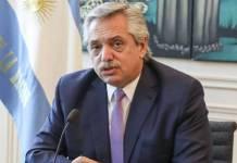Presidente de Argentina cancela su participación en la Celac por crisis en su gobierno