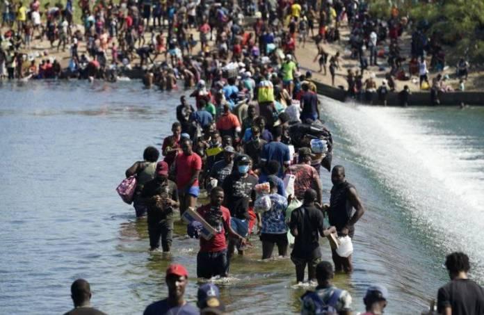Migrantes haitianos serán regularizados y no habrá redadas: INM