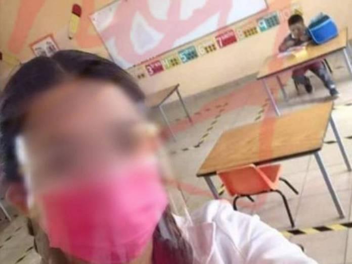 maestra burlas alumno clases - Maestra se burla por tener un solo alumno en clases y causa indignación