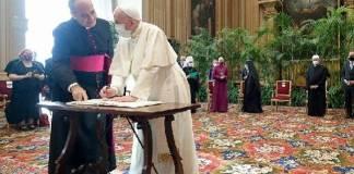 Papa urgió acciones eficaces contra cambio climático